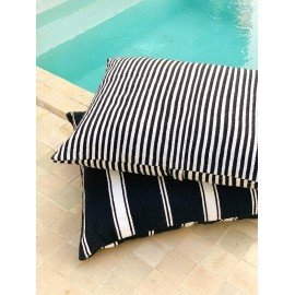 Grand coussin rayures noires et blanches, 100% laine